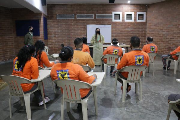 Internos de la Cárcel Distrital recibieron capacitación sobre residuos sólidos